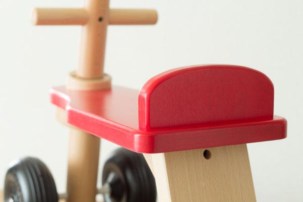 木製乗り物座部分