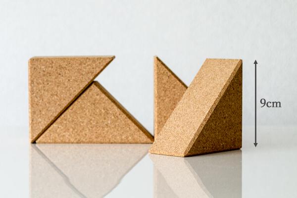 コルク積み木三角パーツ拡大