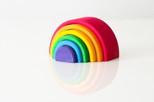 虹色トンネル小を重ねた様子