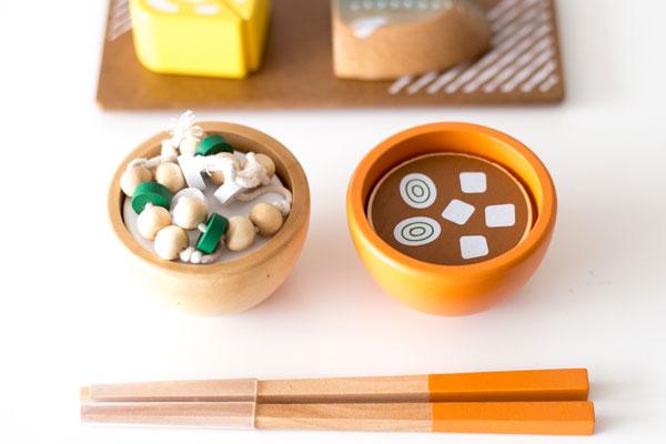 納豆ごはんと味噌汁