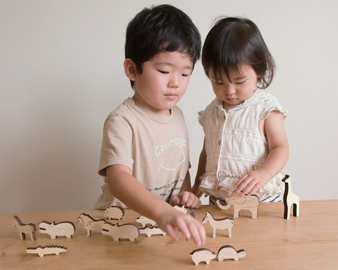 マストロジェペットnoeノエで遊ぶ子ども
